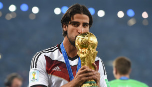 Sami Khedira's agent denies talks with Arsenal and Chelsea