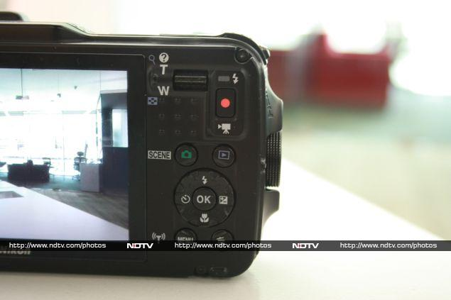 Nikon Coolpix AW120 Features and specifications Review